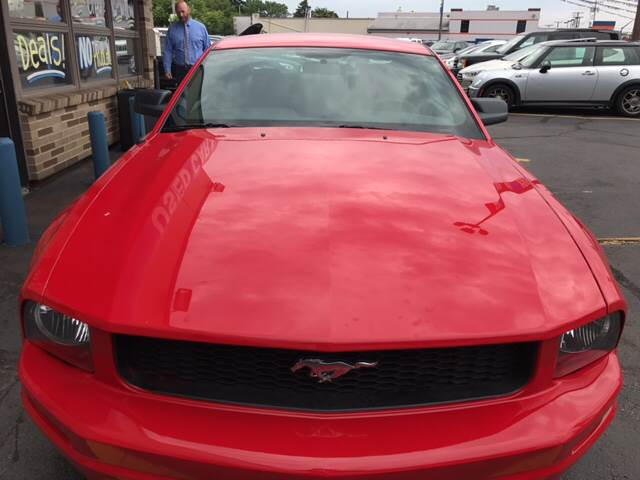 2009 Ford Mustang for sale at TRADEWINDS MOTOR CENTER LLC in Cleveland OH
