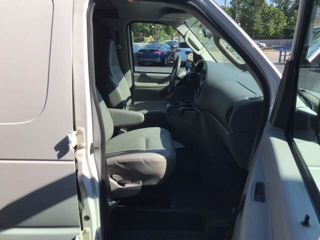 2006 Ford E-Series Cargo for sale at TRADEWINDS MOTOR CENTER LLC in Cleveland OH