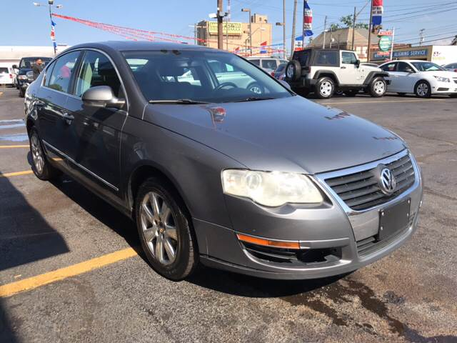 2006 Volkswagen Passat for sale at TRADEWINDS MOTOR CENTER LLC in Cleveland OH