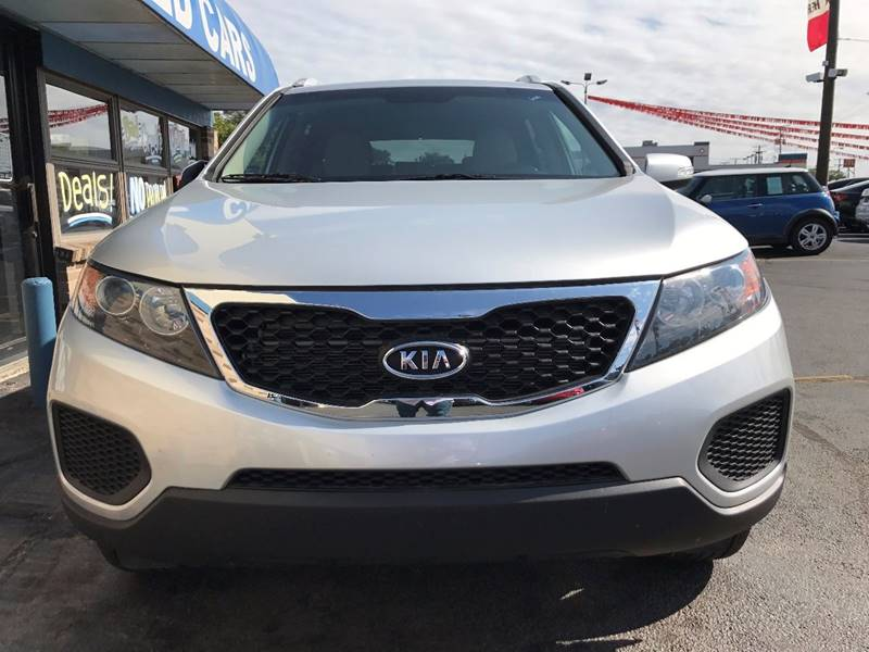 2013 Kia Sorento for sale at TRADEWINDS MOTOR CENTER LLC in Cleveland OH