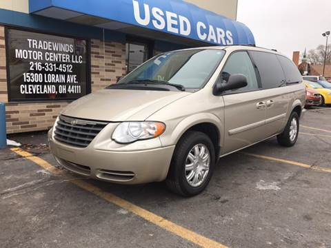 2006 Chrysler Town and Country for sale in Cleveland, OH