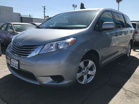 2015 Toyota Sienna for sale at New City Auto in South El Monte CA