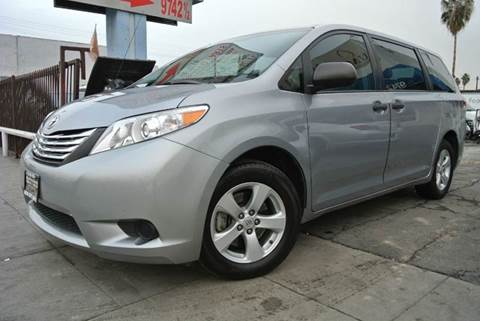 2012 Toyota Sienna for sale at New City Auto - Retail Inventory in South El Monte CA
