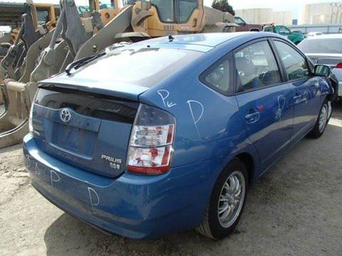 2004 Toyota Prius for sale at New City Auto - Parts in South El Monte CA