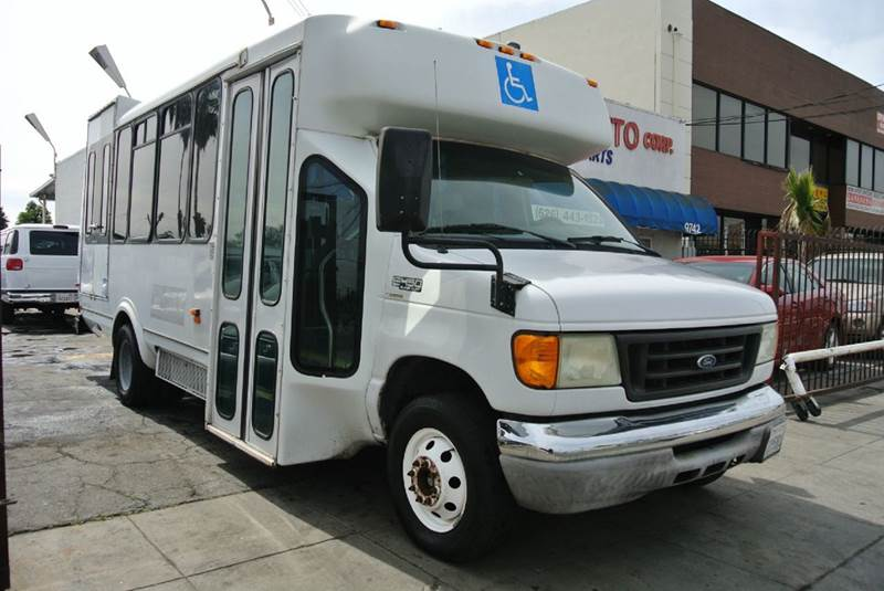 2004 Ford E-450  - South El Monte CA
