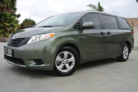 2013 Toyota Sienna for sale at New City Auto - Retail Inventory in South El Monte CA