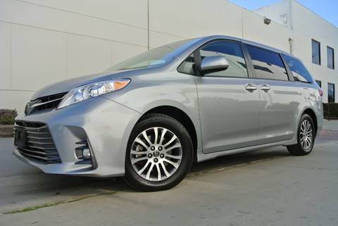 2018 Toyota Sienna for sale at New City Auto - Retail Inventory in South El Monte CA