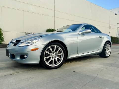 2005 Mercedes-Benz SLK for sale at New City Auto - Retail Inventory in South El Monte CA