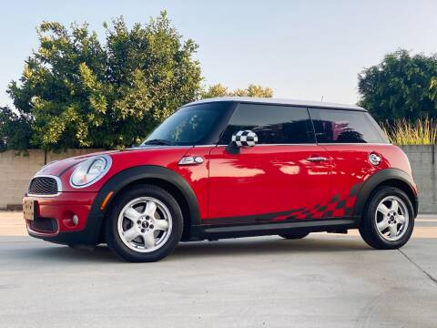 2010 MINI Cooper for sale at New City Auto - Retail Inventory in South El Monte CA