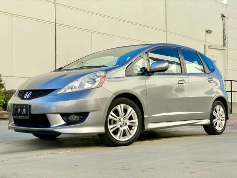 2009 Honda Fit for sale at New City Auto - Retail Inventory in South El Monte CA
