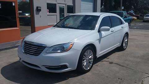 2013 Chrysler 200 for sale in New Port Richey, FL