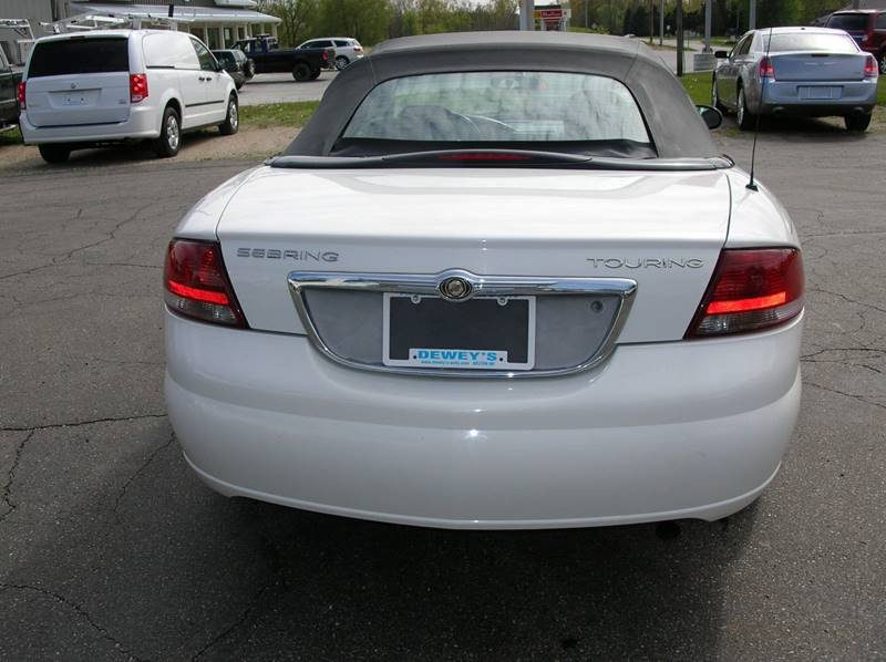 2005 Chrysler Sebring for sale at DEWEY'S CAR PALACE INC.  DEWEYS-AUTO in Delton MI