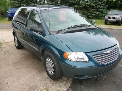 2001 Chrysler Voyager for sale in Delton, MI
