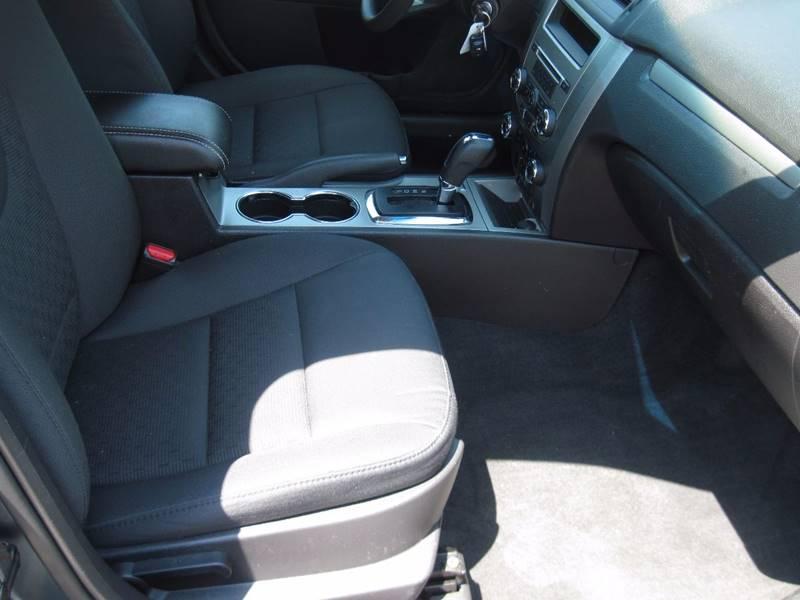 2012 Ford Fusion SE 4dr Sedan - Jenison MI