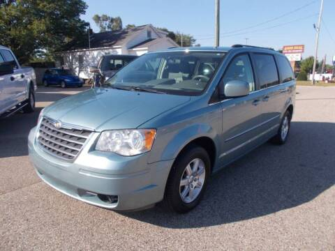 2009 Chrysler Town and Country for sale at Jenison Auto Sales in Jenison MI