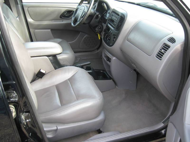 2002 Ford Escape XLT Choice 4WD 4dr SUV - Jenison MI