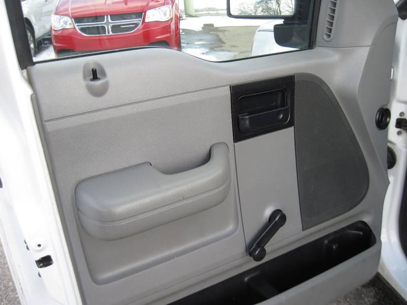 2008 Ford F-150 4x2 XL 2dr Regular Cab Styleside 8 ft. LB - Jenison MI