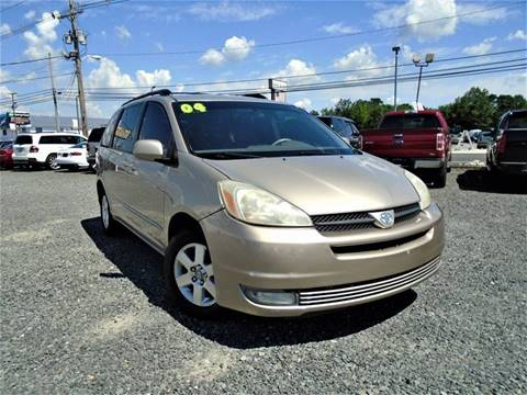 2004 Toyota Sienna for sale in Lakewood, NJ