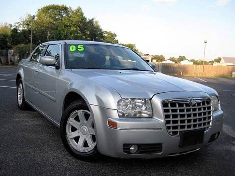 2005 Chrysler 300 for sale in Lakewood, NJ
