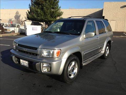 1999 Infiniti QX4 for sale at PRICE TIME AUTO SALES in Sacramento CA