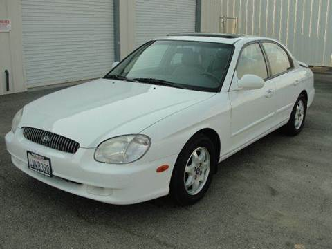 2001 Hyundai Sonata for sale at PRICE TIME AUTO SALES in Sacramento CA