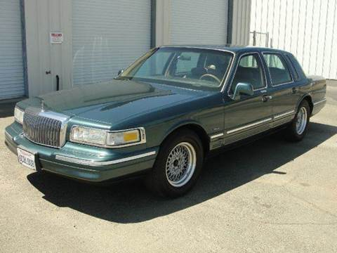 1995 Lincoln Town Car for sale at PRICE TIME AUTO SALES in Sacramento CA