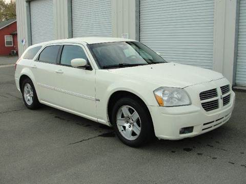 2005 Dodge Magnum for sale at PRICE TIME AUTO SALES in Sacramento CA