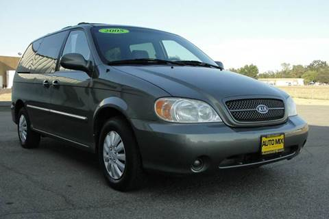 2005 Kia Sedona for sale at PRICE TIME AUTO SALES in Sacramento CA