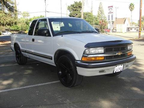2001 Chevrolet S-10 for sale at PRICE TIME AUTO SALES in Sacramento CA