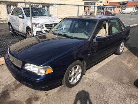 1999 Volvo S70 for sale in Island Park, NY