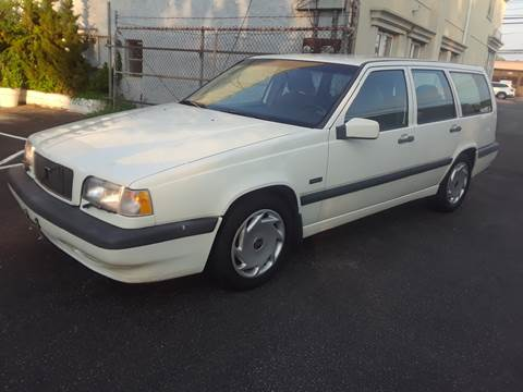 1995 Volvo 850 for sale in Island Park, NY