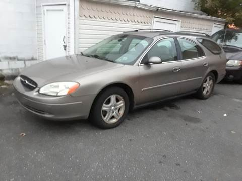 2002 Ford Taurus for sale in Island Park, NY