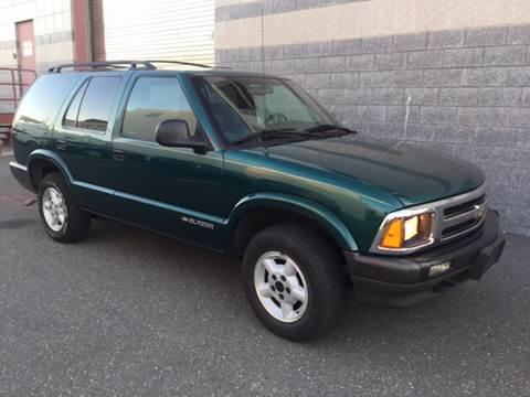 1996 Chevrolet Blazer for sale in Island Park, NY