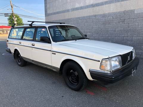 1993 Volvo 240 for sale in Island Park, NY