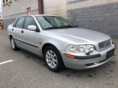 2002 Volvo S40 for sale at Autos Under 5000 + JR Transporting in Island Park NY