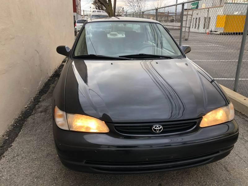 2000 Toyota Corolla LE (image 3)