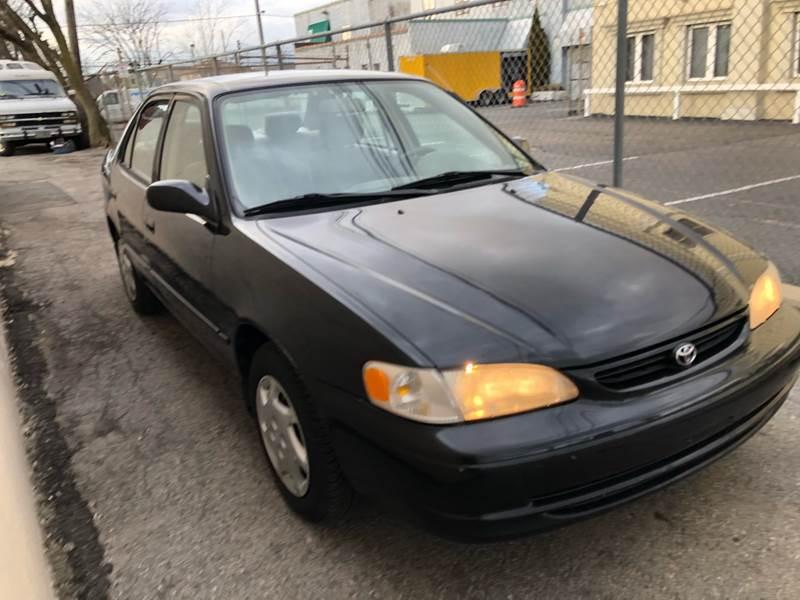 2000 Toyota Corolla LE (image 4)