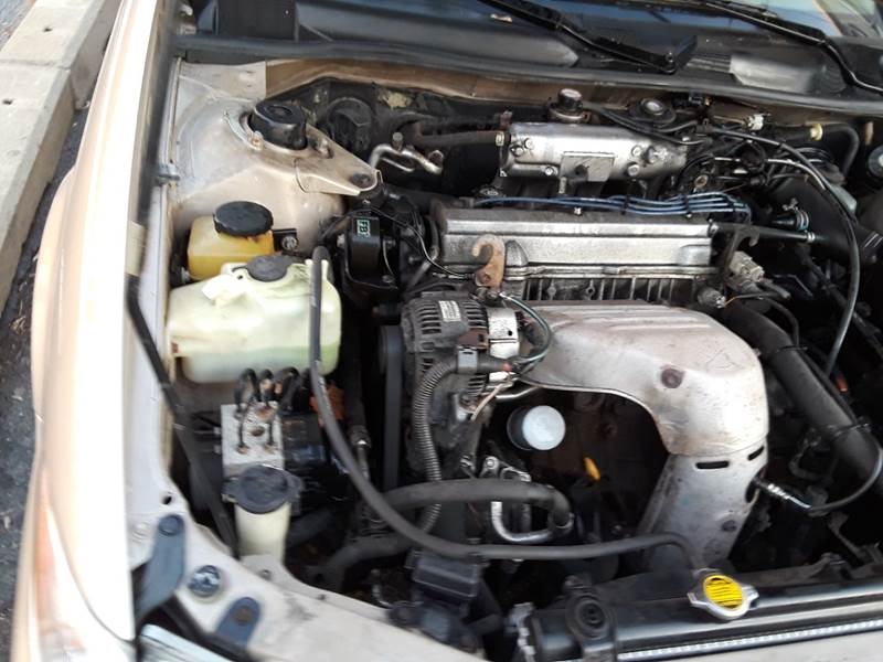 1997 Toyota Camry LE (image 12)