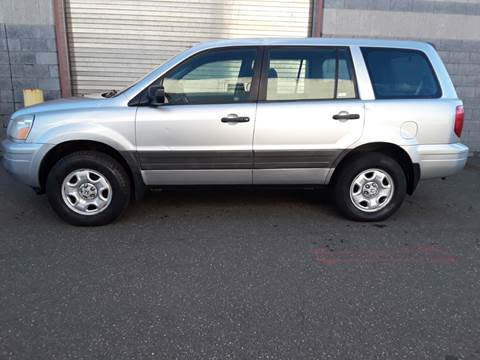 2005 Honda Pilot LX for sale at Autos Under 5000 + JR Transporting in Island Park NY