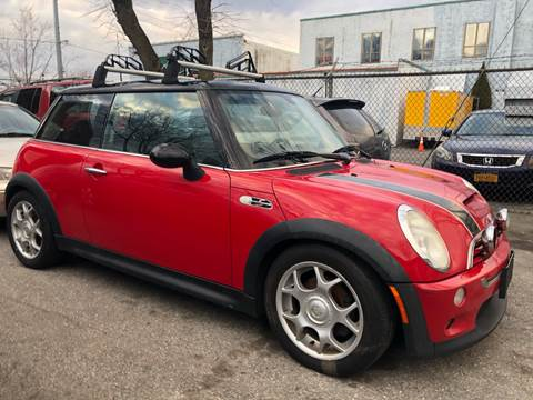 2003 MINI Cooper S for sale at Autos Under 5000 + JR Transporting in Island Park NY