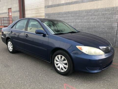 2005 Toyota Camry LE for sale at Autos Under 5000 + JR Transporting in Island Park NY