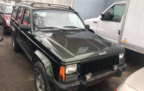 1996 Jeep Cherokee Sport for sale at Autos Under 5000 + JR Transporting in Island Park NY