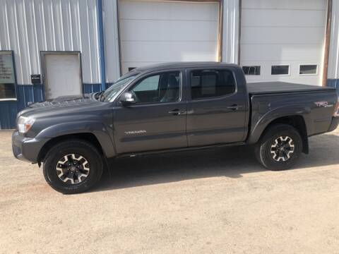2013 Toyota Tacoma V6 for sale at QUALITY AUTO OF GILLETTE in Gillette nul