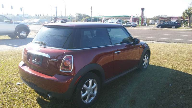 2009 MINI Cooper 2dr Hatchback - Riverview FL
