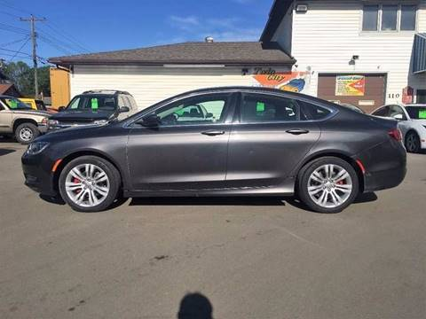 2015 Chrysler 200 for sale at Twin City Motors in Grand Forks ND