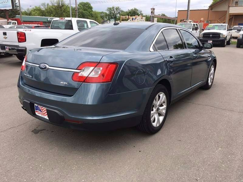 2010 Ford Taurus for sale at Twin City Motors in Grand Forks ND