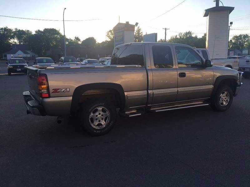 2001 Chevrolet Silverado 1500 for sale at Twin City Motors in Grand Forks ND