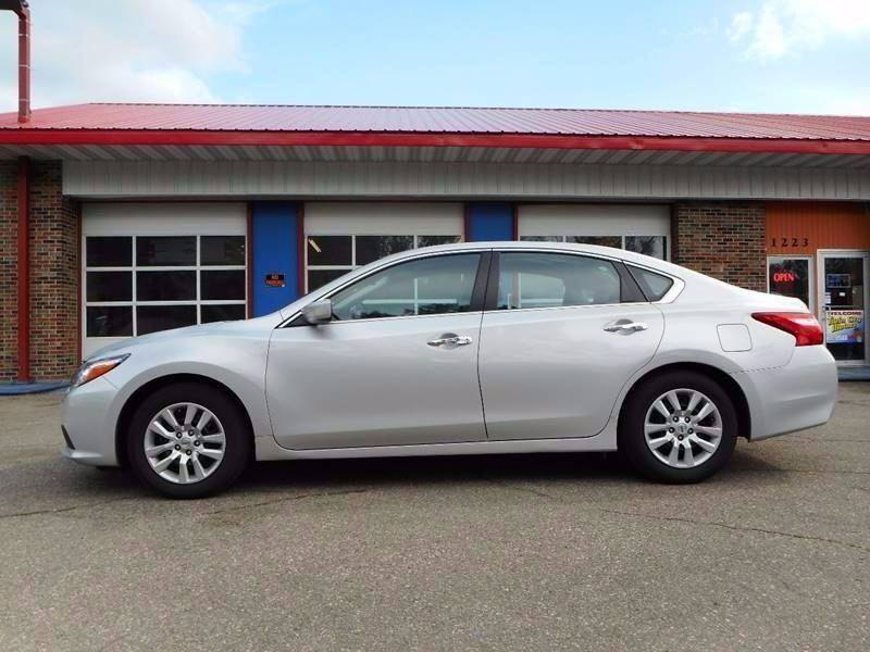 2016 Nissan Altima for sale at Twin City Motors in Grand Forks ND