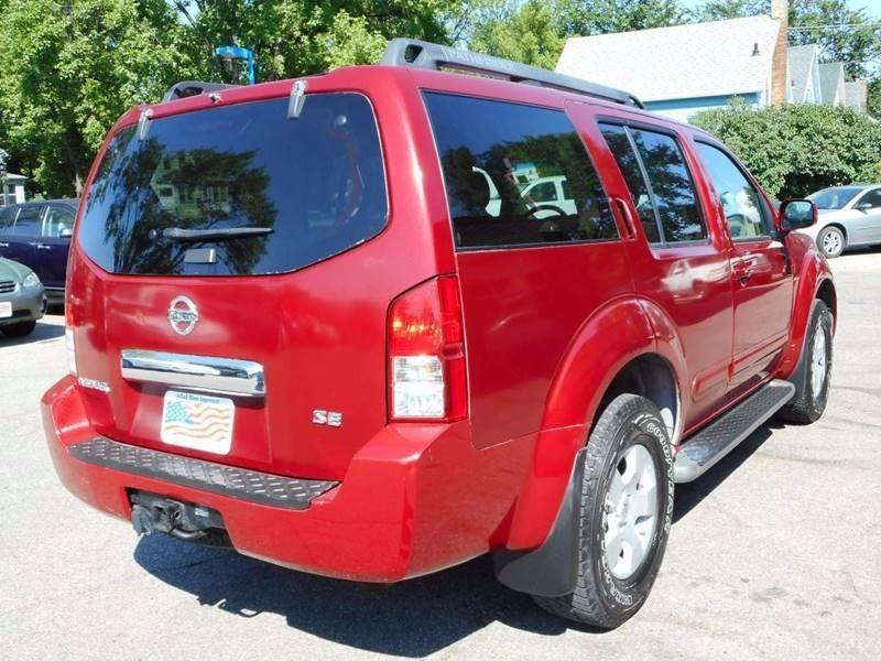 2007 Nissan Pathfinder for sale at Twin City Motors in Grand Forks ND