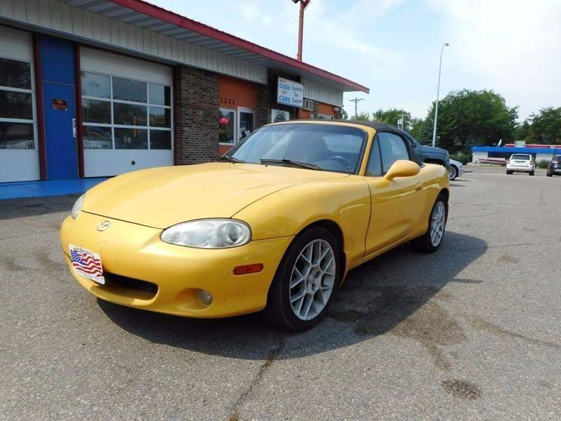 2002 Mazda MX-5 Miata for sale at Twin City Motors in Grand Forks ND